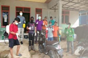 Penyemprotan Cairan Disinfektan Rumah Ibadah DJT & Perkantoran