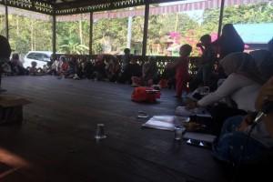 Rapat Persiapan Peresmian Balai Dusun II