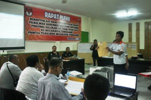 PPK Tenggarong Laksanakan Pleno Rekapitulasi Penghitungan Suara Pilgub